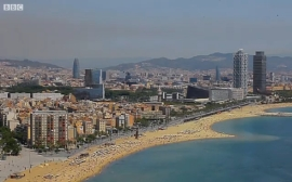 "BBC's Fast-Track asks ""Is Barcelona being spoilt by tourists?"""